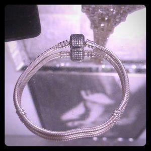 Pandora 7.1 Pave Barrel Clasp Bracelet